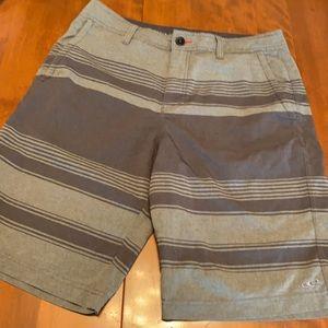 O'Neill size 32 men's hybrid shorts